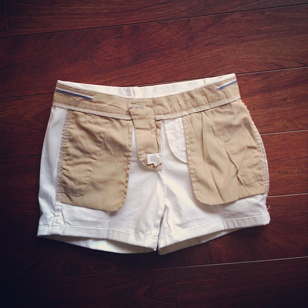 instagram-white-shorts