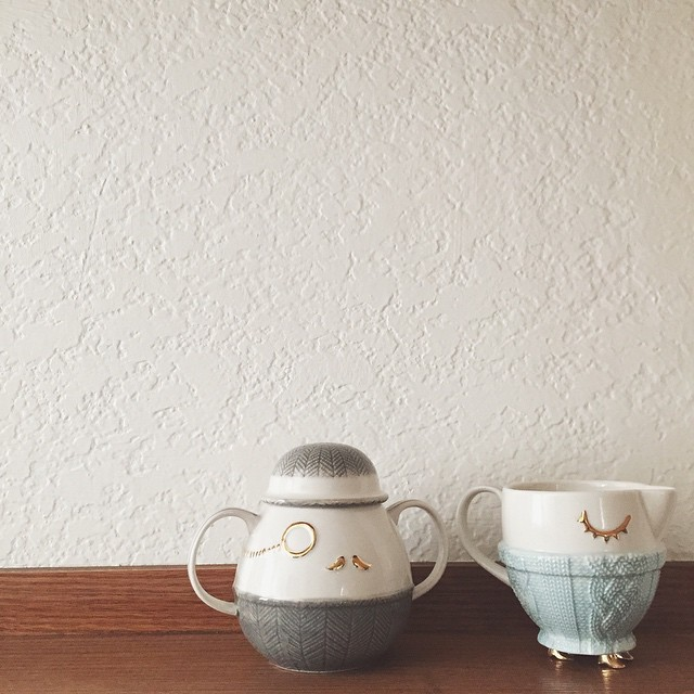 Best dressed creamer & sugar bowl I've ever seen! Especially love the little gold feet on the creamer. These just make me smile! @liketoknow.it www.liketk.it/JWxO #liketkit