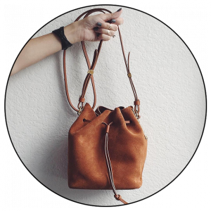 contrasting-neutral-bag