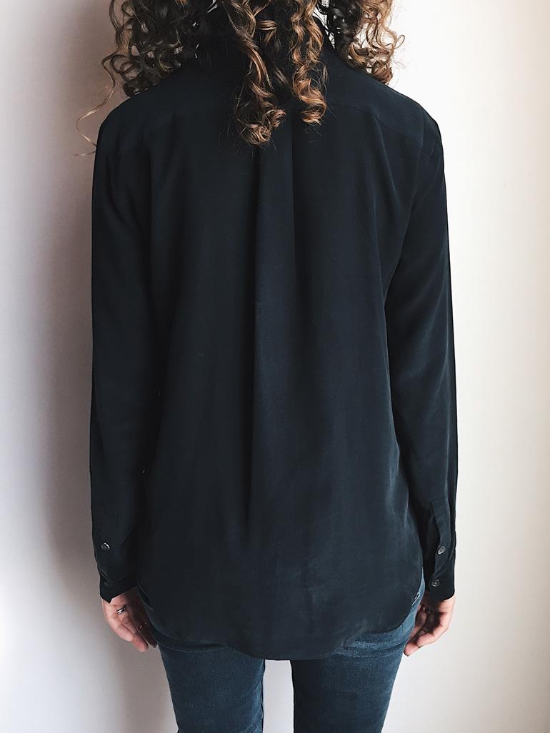 5d85f30042b7 Fit Review - Everlane Slim Silk Shirt