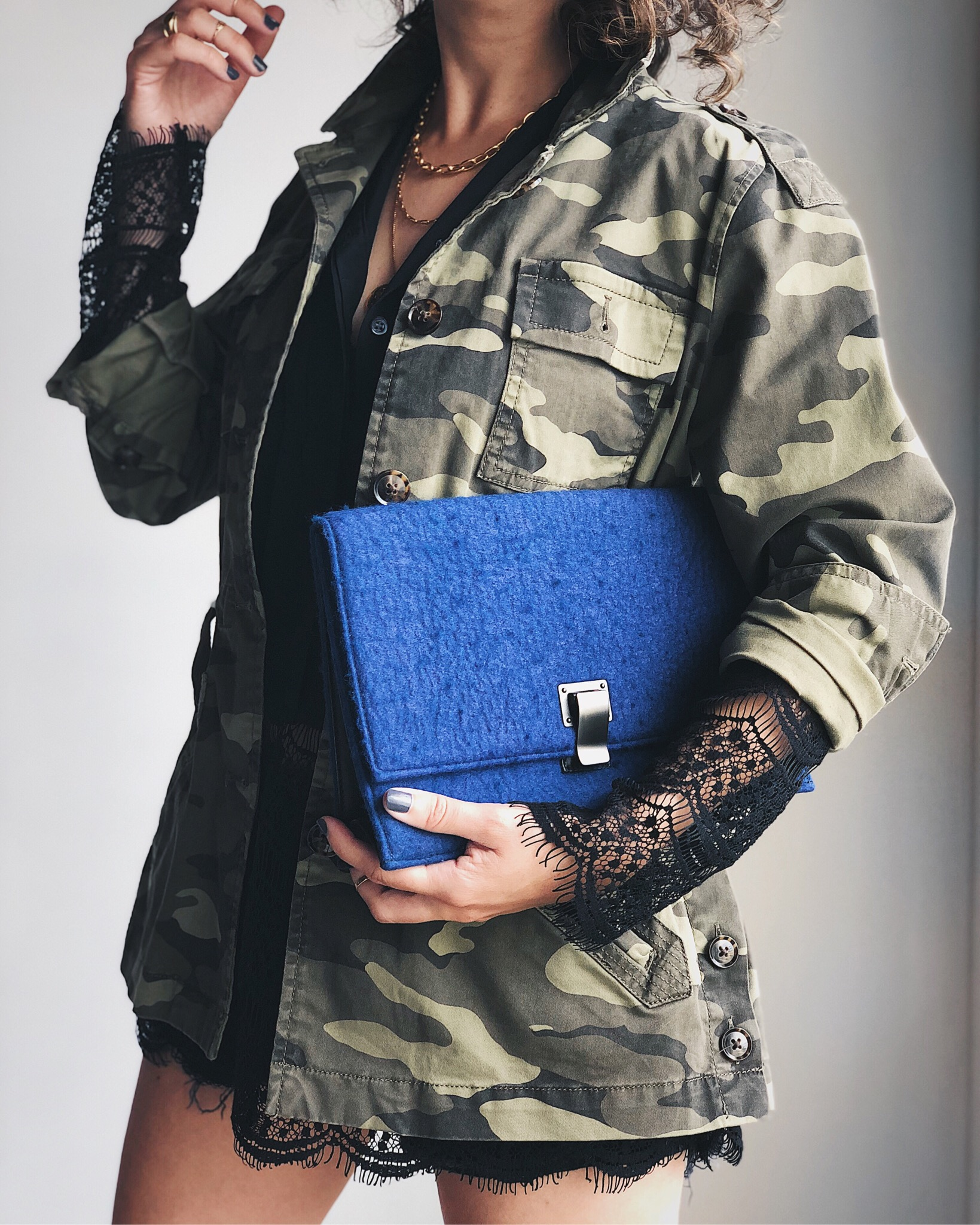 outfit-idea-camo-jacket-lace-blouse