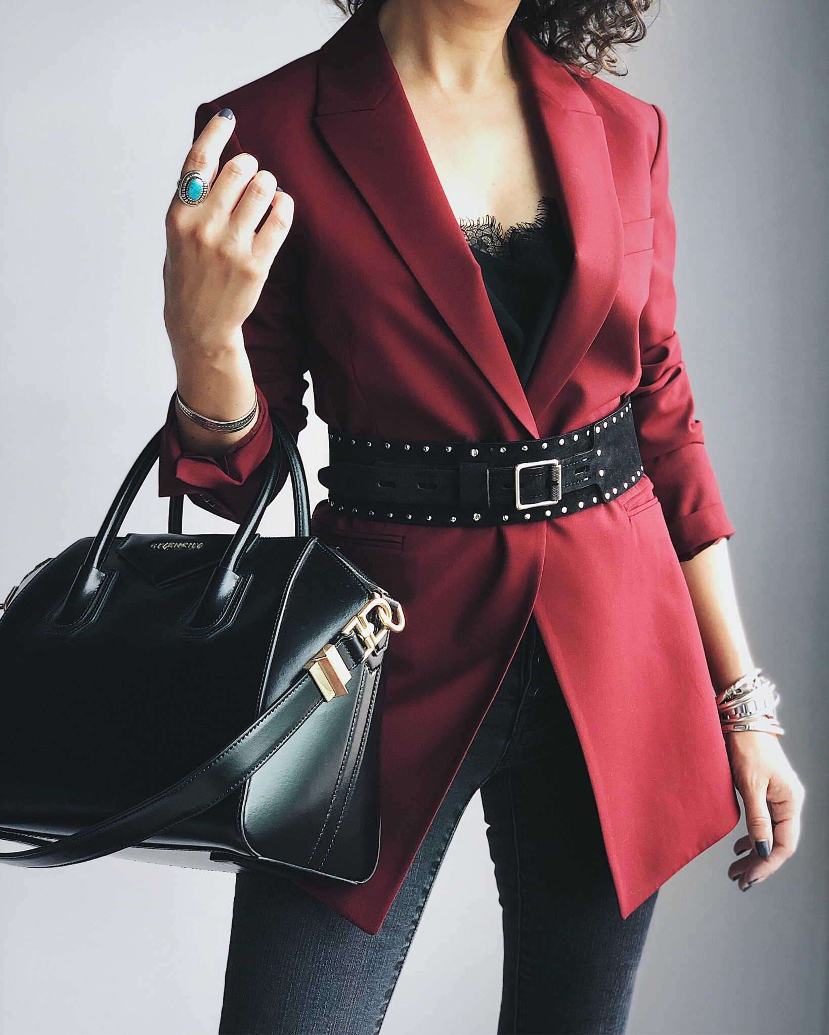 The Most Flattering, Easy To Wear Blazer Style
